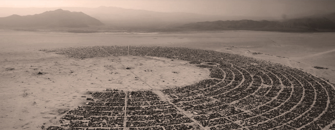 Burning Man e l'infrastruttura culturale delle techno-corporation.