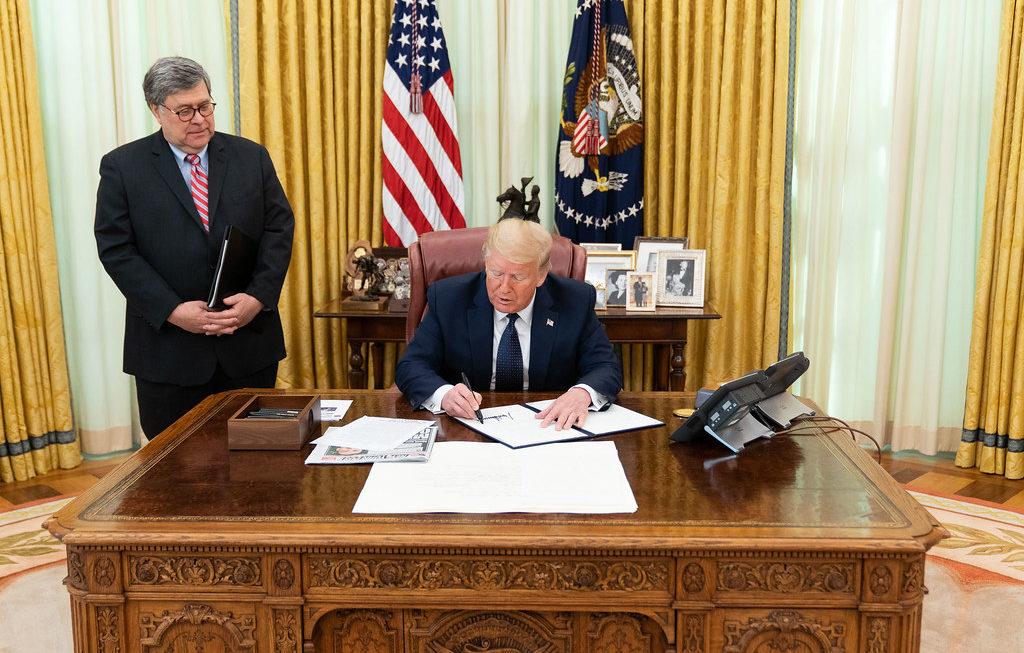 Quell'accordo tra Trump e Facebook in vista delle presidenziali