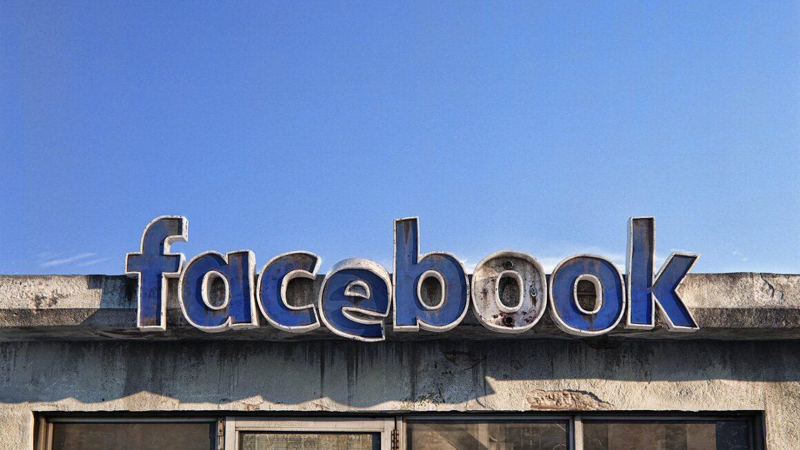 La sentina di Facebook